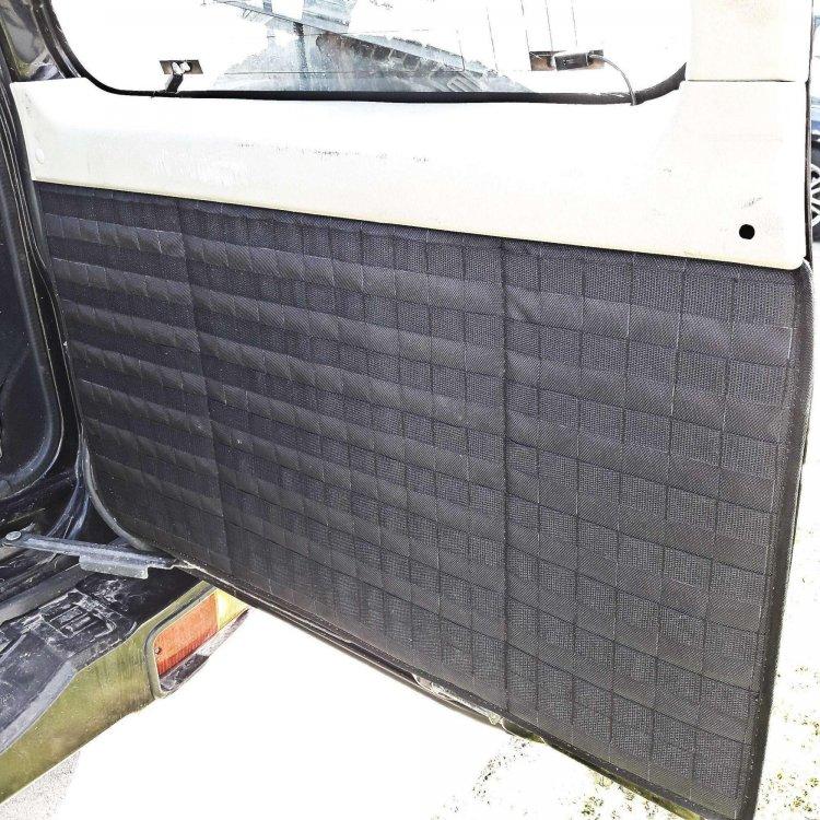 MOLLE-PALS-panel-na-zadnyuyu-bolshuyu-dver-Nissan-Patrol-Y61-2.jpg